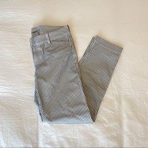 Old Navy Pixie Pants Size 2 Regular